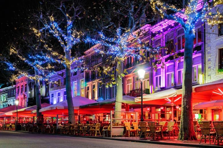 Ga Schaatsen In Magisch Maastricht En Bezoek De Kerstmarkt