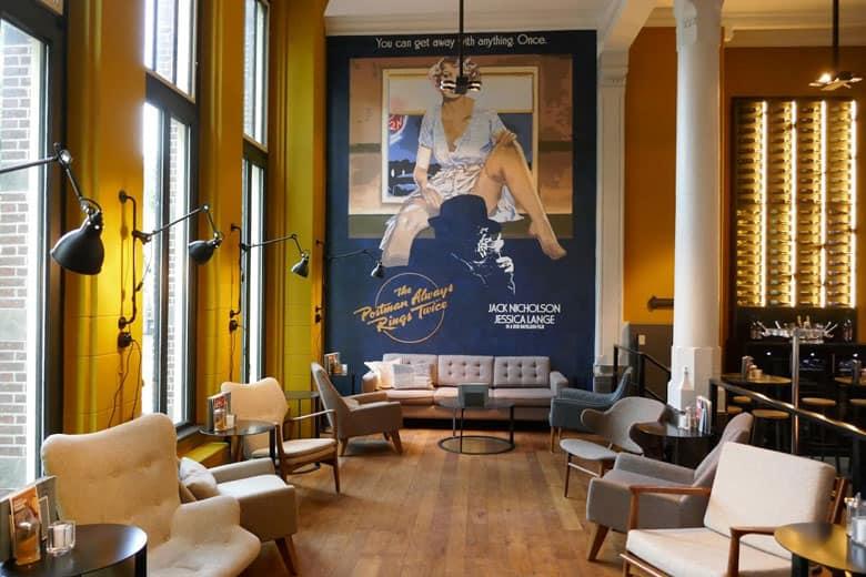 Post-Plaza Hotel lounge
