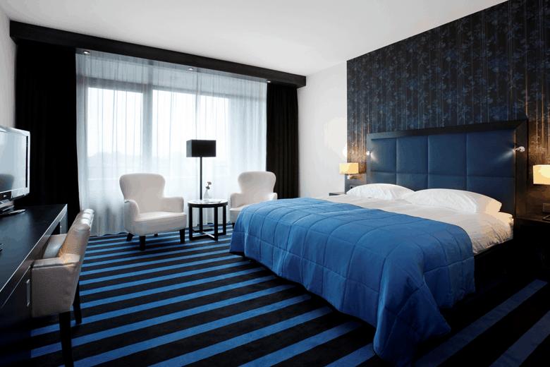 hotels aan het water in Friesland