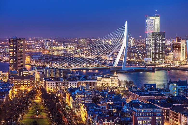 https://blog.hotelspecials.nl/wp-content/uploads/sites/4/2018/09/Oud-en-Nieuw-2018-2019-in-Rotterdam.jpg